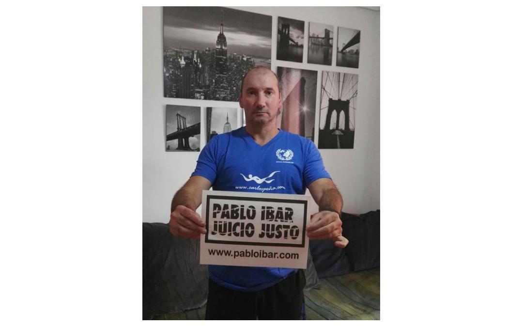 CARLOS PEÑA SE MOJA POR PABLO IBAR: 3 HORAS NADANDO POR 3 LUSTROS EN EL CORREDOR DE LA MUERTE.